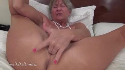 Сисястые Бабули В Порно